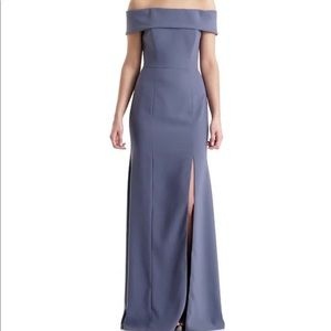 Dessey Collection Gown